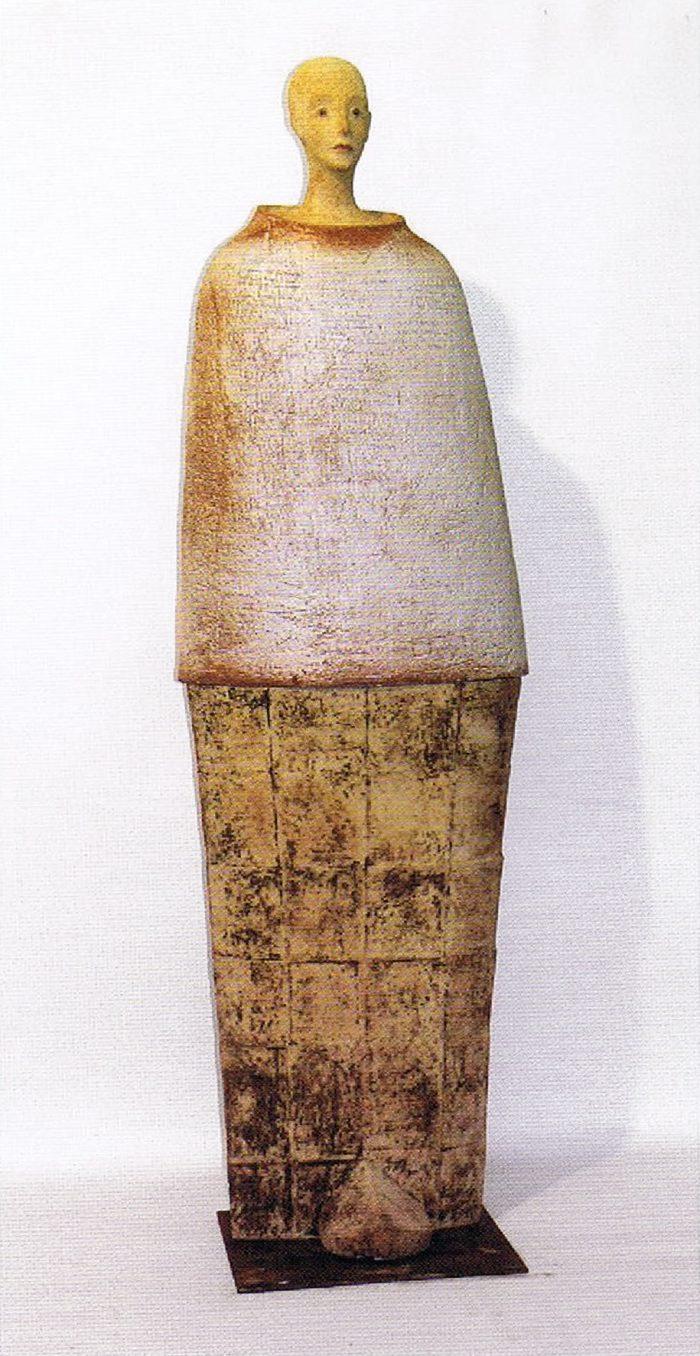 La imagen tiene un atributo ALT vacío; su nombre de archivo es 18-marta_de_cambra_anton-guerrero-700x1356.jpg